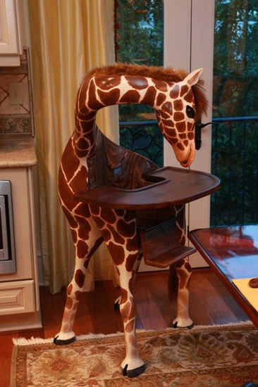 Giraffe High Chair is the Best Thing You'll See Today